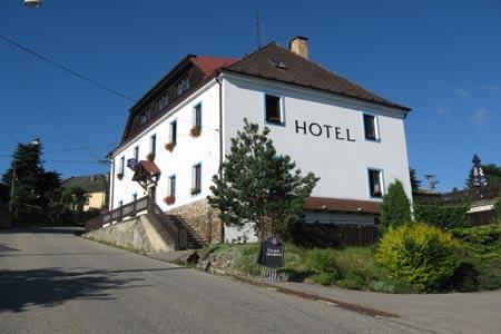 Hotel v Hořicích na Šumavě