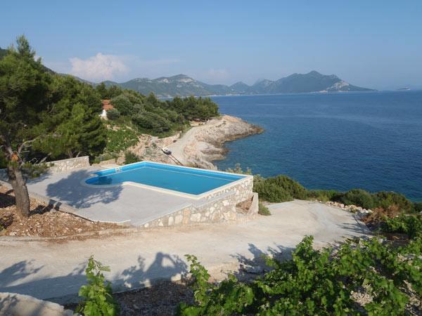 Dovolená  u moře v Chorvatsku - léto 2015- Robinzonáda Veritas v Chorvatsku, 30 m od moře na poloostrově Pelješac