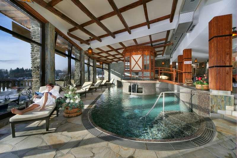 Luxusn wellness hotely for Design wellnesshotel nrw